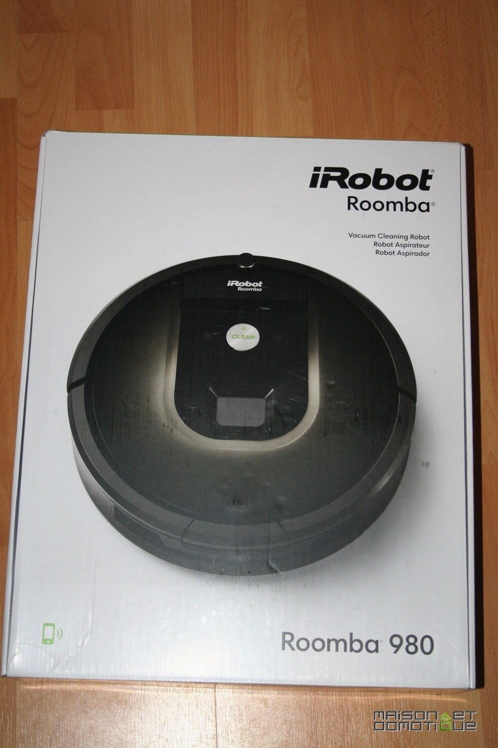 test du nouveau robot aspirateur connect de irobot le roomba 980 maison et domotique. Black Bedroom Furniture Sets. Home Design Ideas