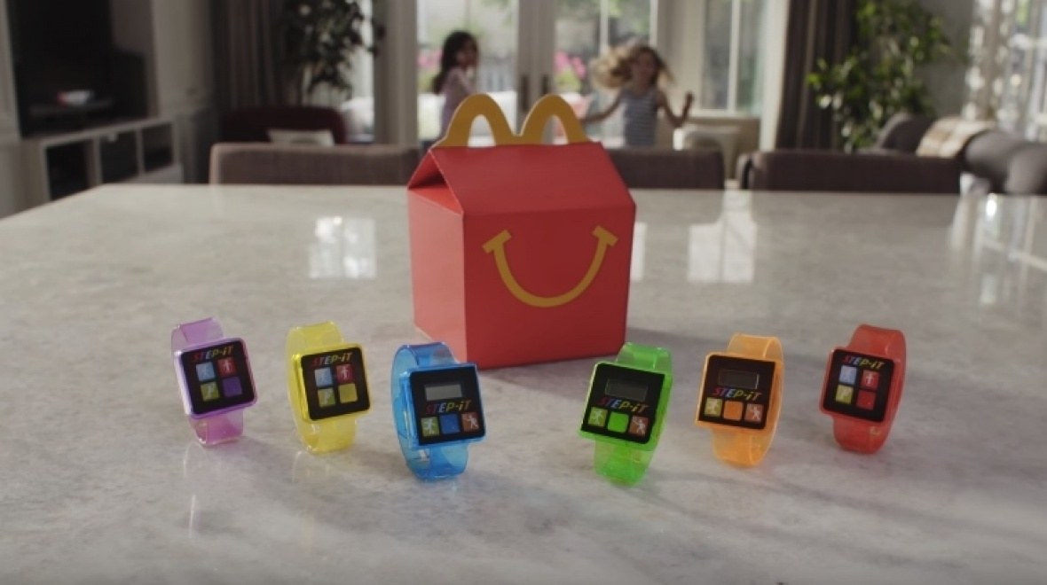 Le bracelet connecté Step-It de McDonald's